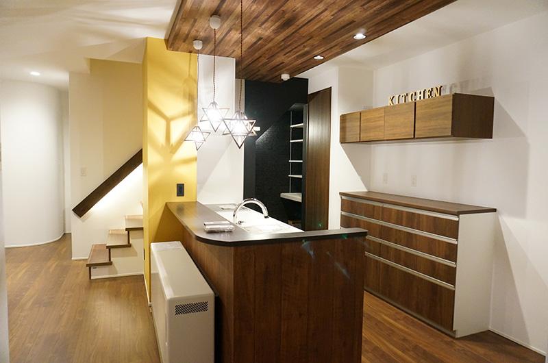 ママ楽の家:こだわりのデザインでインテリアが映える快適な家