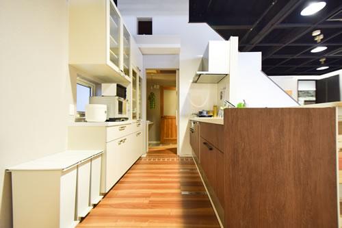 『ママ楽の家』キッチンモデルルーム